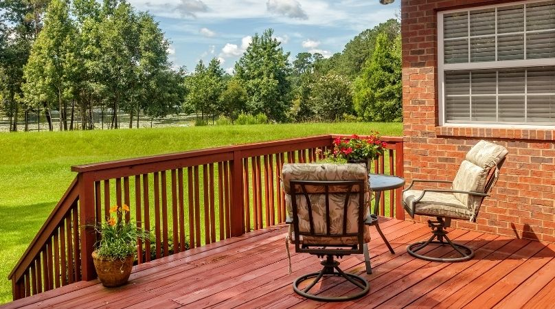 well maintained deck